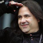 Andre Matos: Reunir com o Angra não seria algo sincero