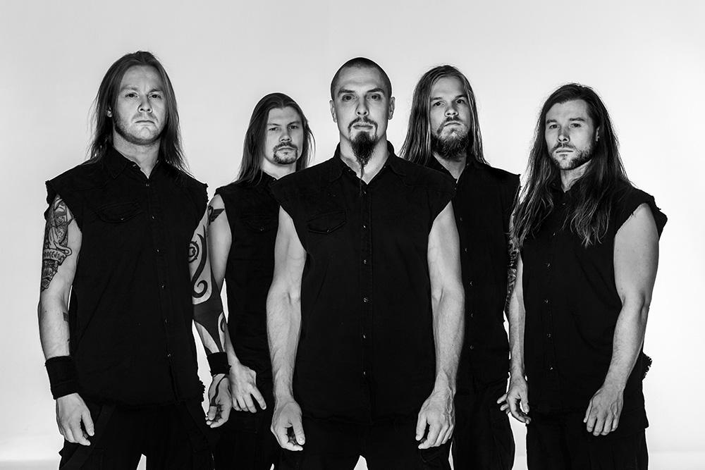 Foto promocional em preto e branco da banda Stamina