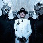 Ghost cria máscara feminina para integrante mulher