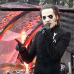 Vídeos do Ghost abrindo para o Metallica na Suíça